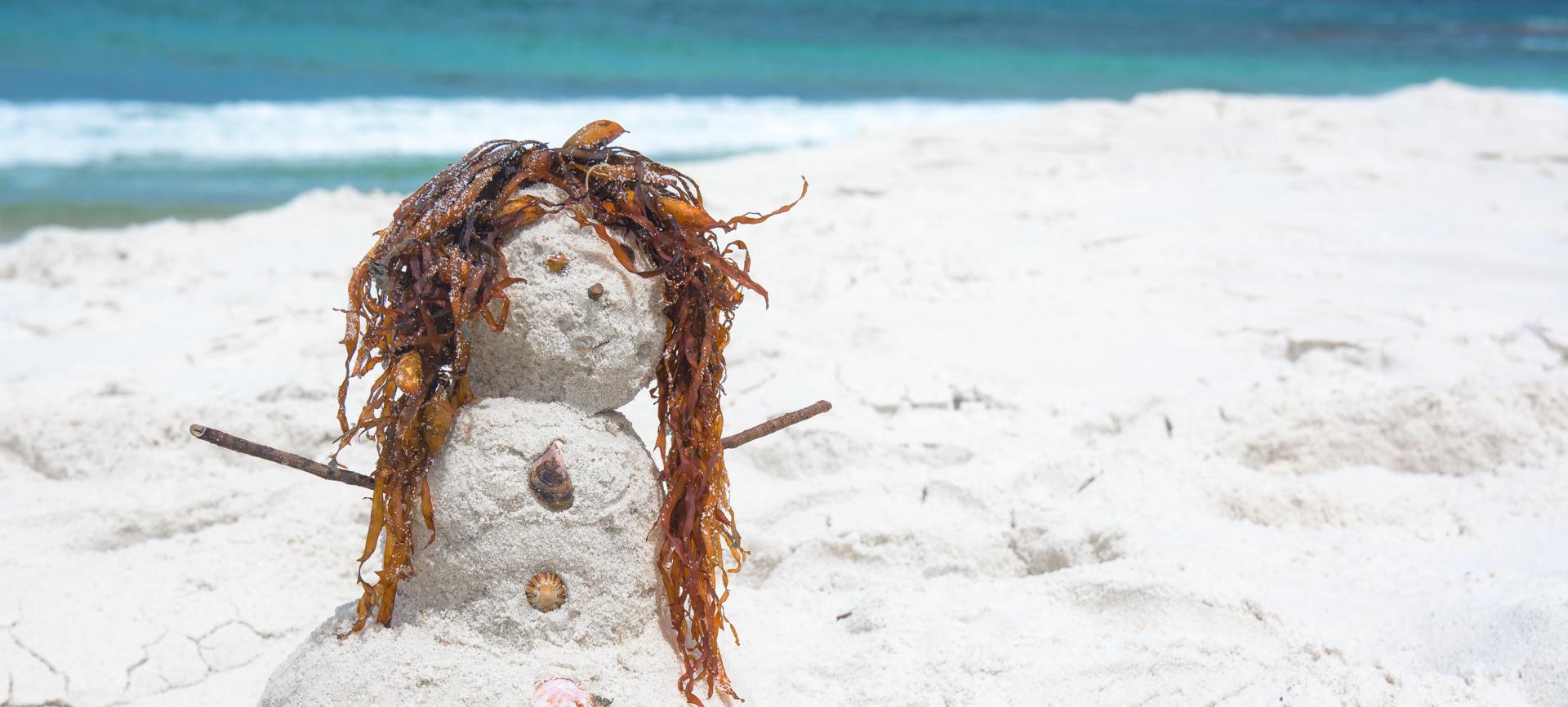 Пляж с самым белым песком в мире